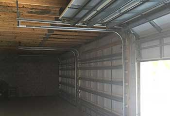 Garage Door Off Track - Bloomfield